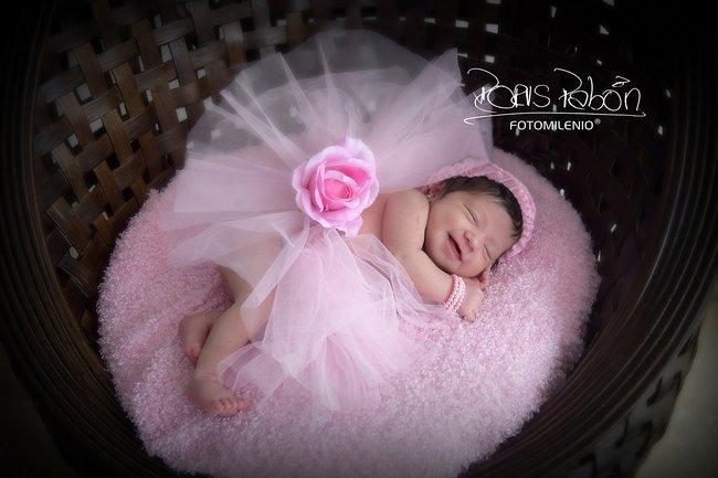 fotoestudio-bebe-dormido-recien-nacido-tomada-por-doris-pabon (2)
