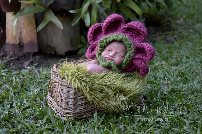 bebe-luna-sofia-en-la-naturaleza-tomada-por-doris-pabon