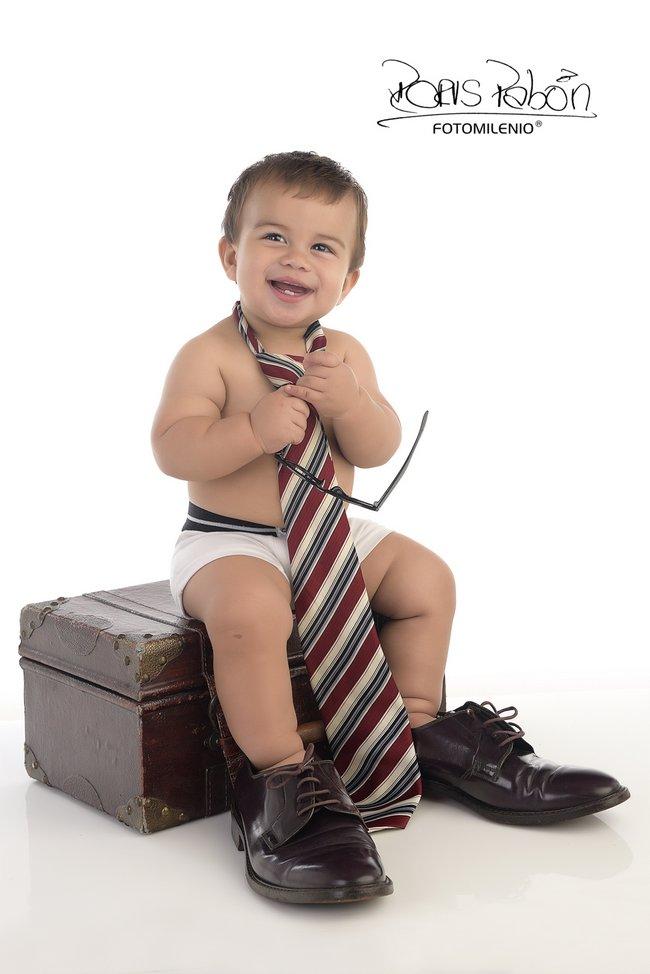 fotografia-especializada-en-bebes-fotomilenio-en-cucuta-y-ahora-en-bucaramanga