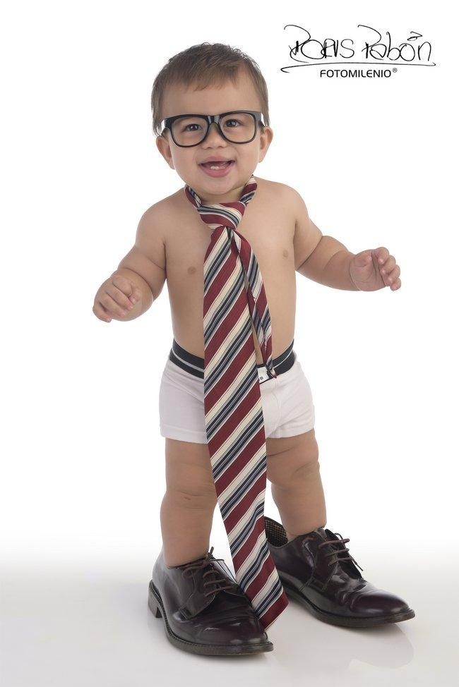 porque-tu-bebe-quiere-ser-como-papa-ven-a-fotomilenio-en-cucuta-bucaramanga-para-tener-el-mejor-recuerdo-sus-fotos