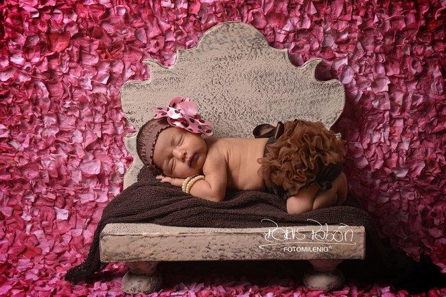 imagenes-de-bebes-tomados-en-fotomilenio-bucaramanga-bebe-recien-nacida-especialistas-en-bebes